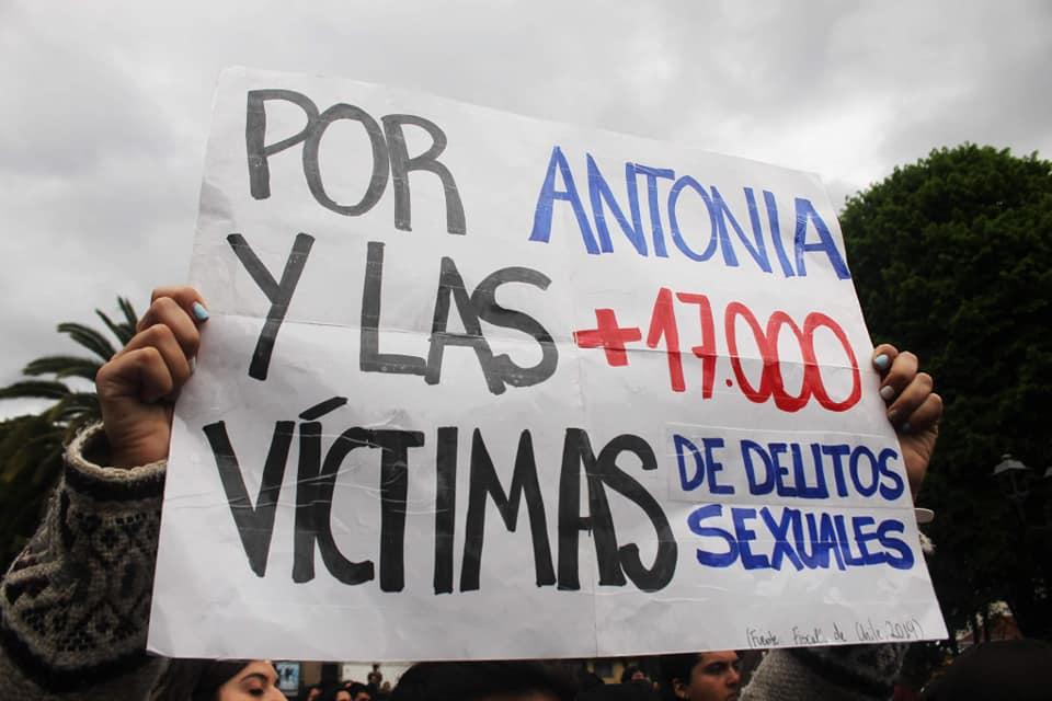 Caso Antonia Barra: Ex suegro de Martín Pradenas presionó a dos jóvenes para hacerlos declarar e influir en la investigación