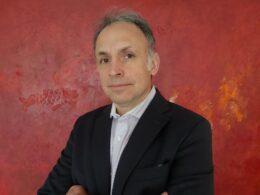 Raúl Urbina, presidente de la ACHIPEF.